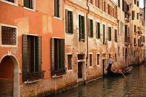 canal & gondolier